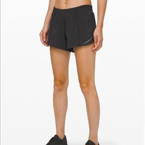 Hotty Hot II Lululemon Shorts 4 Long